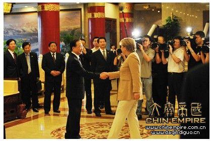 国家总理温家宝在大唐芙蓉园芳林苑酒店迎接德国总理默克尔图片